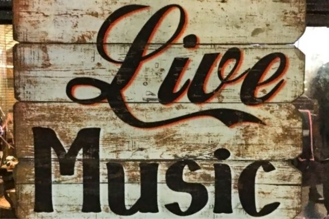 Live Music at Cavalry Court